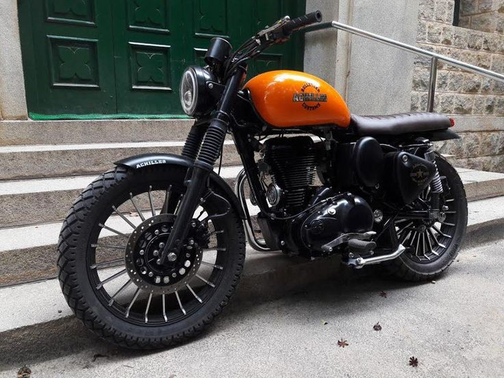 Modified Royal Enfield Bullet Scrambler by Bulleteer Customs