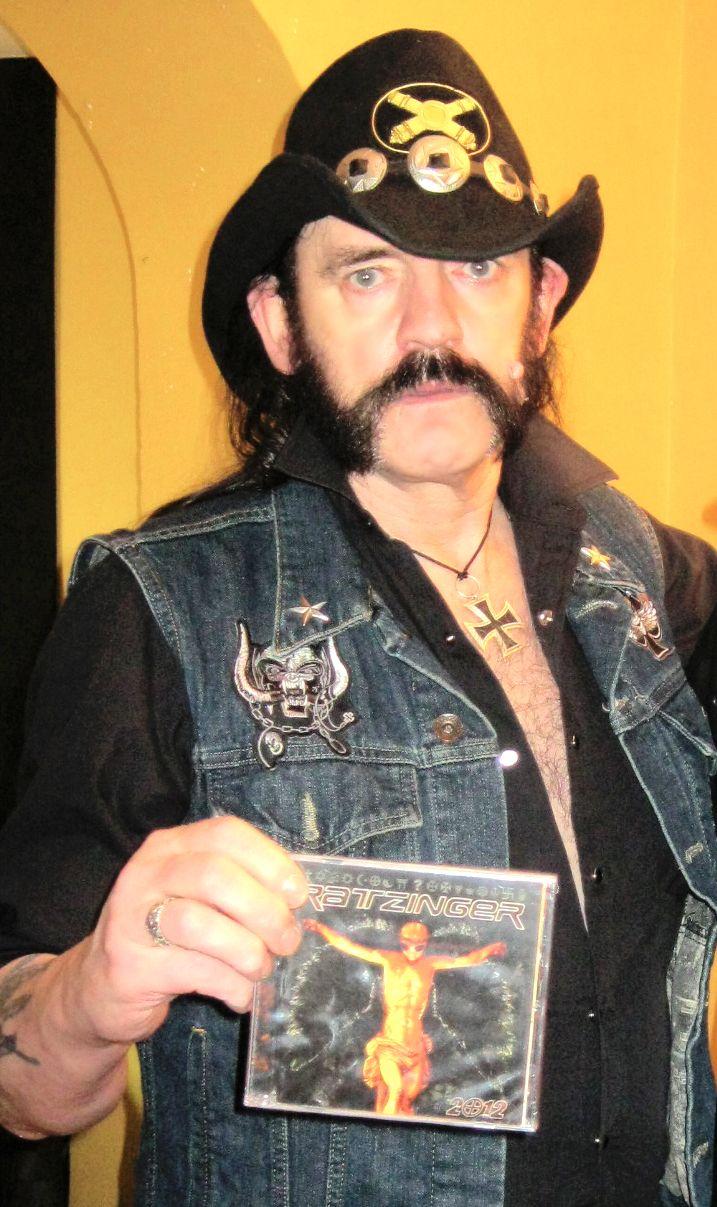 #LemmyKilmister #Motorhead #Lemmy  #IvanVega_Chile #RatzingerBand #Chileconcert #Santiago #Chile #Music #Rock #Metal #UK #CDGift