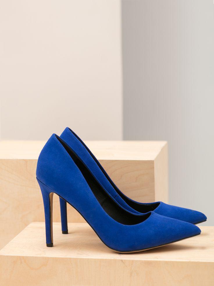 Comanda online, Pantofi Top Secret albastru cu varful usor ascutit. Articole masurate, calitate garantata!
