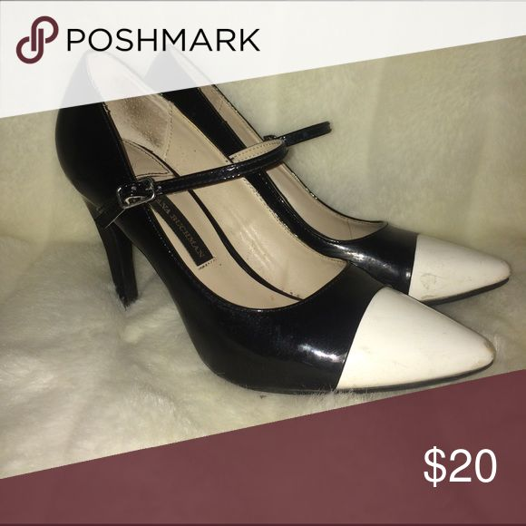 Black and white pumps with strap Black and white pumps with strap Dana Buchman Shoes Heels