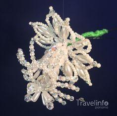 Los tembleques que complementan el vestido nacional La Pollera, son en si joyas artesanales que bril - travelinfopa