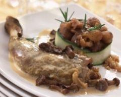 Pintade farcie aux cèpes - Une recette CuisineAZ