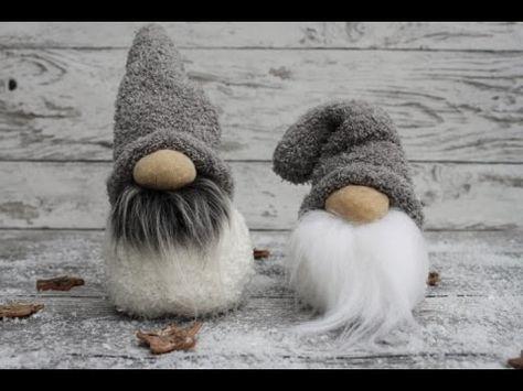 Schneemänner ganz leicht aus Socken basteln / DIY Sock Snowman - YouTube