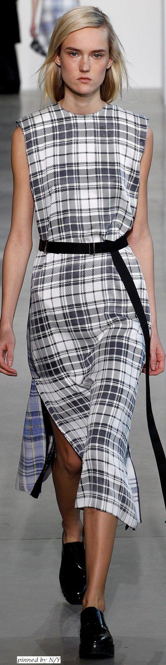 Calvin Klein Collection - Fall Winter 2016/2017: