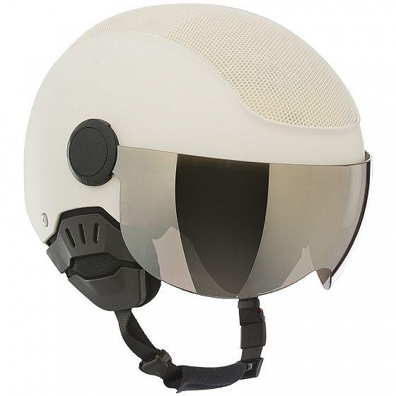 Шлем, оборудованный двумя визорами из поликарбоната для разных условий видимости: черным и оранжевым. Внешняя оболочка из прочного и легкого ABS пластика с интегрированной вентиляцией из сотовой структуры.