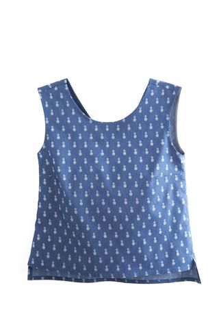 Tank Pineapple Blouse by Meemoza. Sleeveless Blouse with V Neckline at the Back. Semi-Fitted.  Tailored in Canada. Cotton, Polyester and Spandex. Soft as silk.