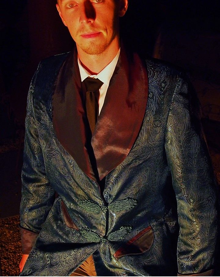 Smoking jacket pattern available in five mens sizes for immediate download. Great for a wedding or bucks party! Get creative and stye it YOUR way. #mensfashion #menwhosew #sewingproject #styleformen