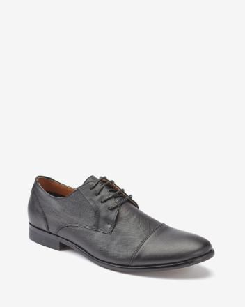 Textured leather dress shoe