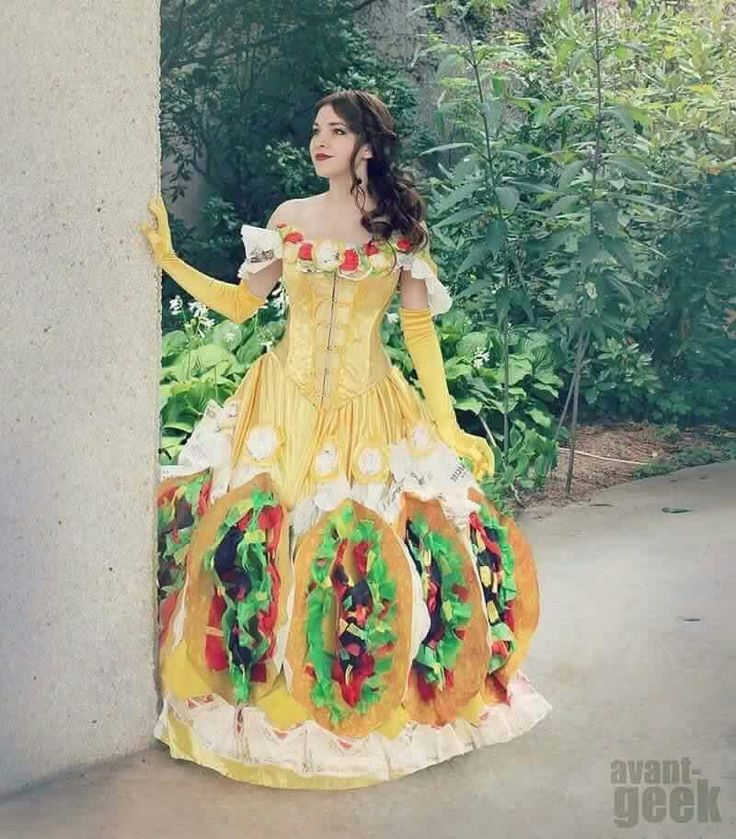 Taco Belle Punny halloween costumes