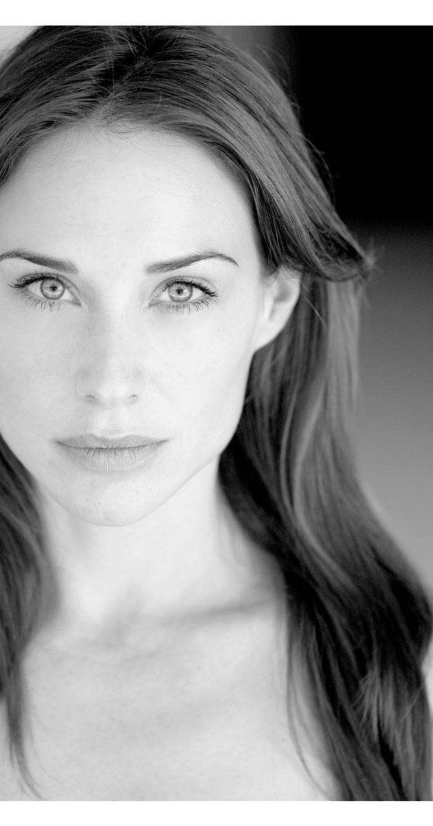 Pictures & Photos of Claire Forlani