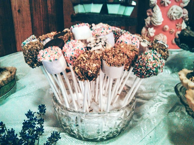 Marshmellows' cake pops