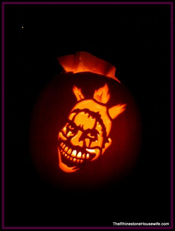 Twisty the clown from ahs freakshow pumpkin carvings for Creepy clown pumpkin stencil