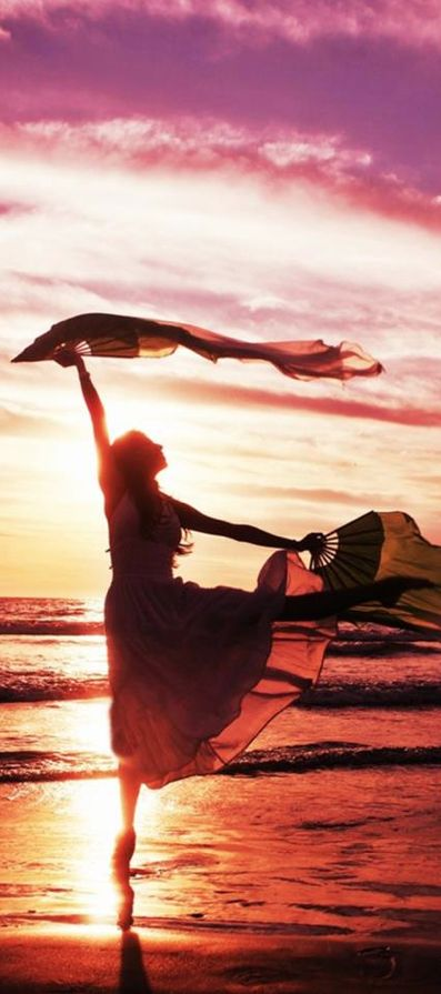 Ethereal Dreams III • photo: Lethalxr0se on deviantart.  Via @peggyaltick. #dance #beaches