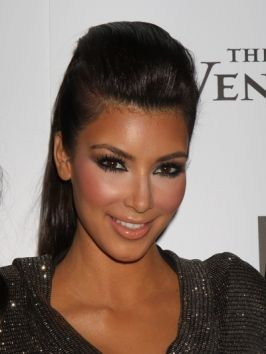 An article about Kim Kardashian`s Hairstyles. Nice info plus many photos in the page