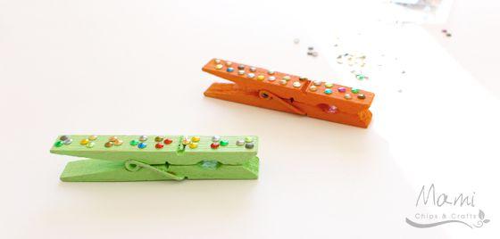 mami chips & crafts: Mollette chiudipacco personalizzate con borchie