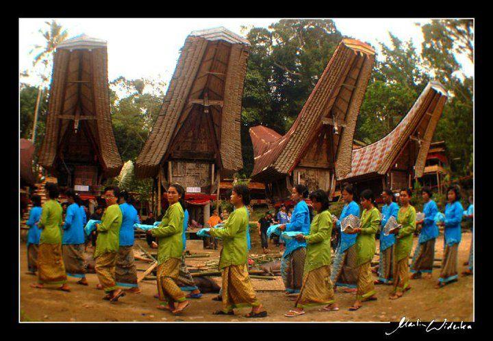 woman in Toraja