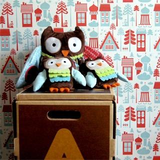 Children's Tingleby Red & Blue wallpaper by Isak.co.uk