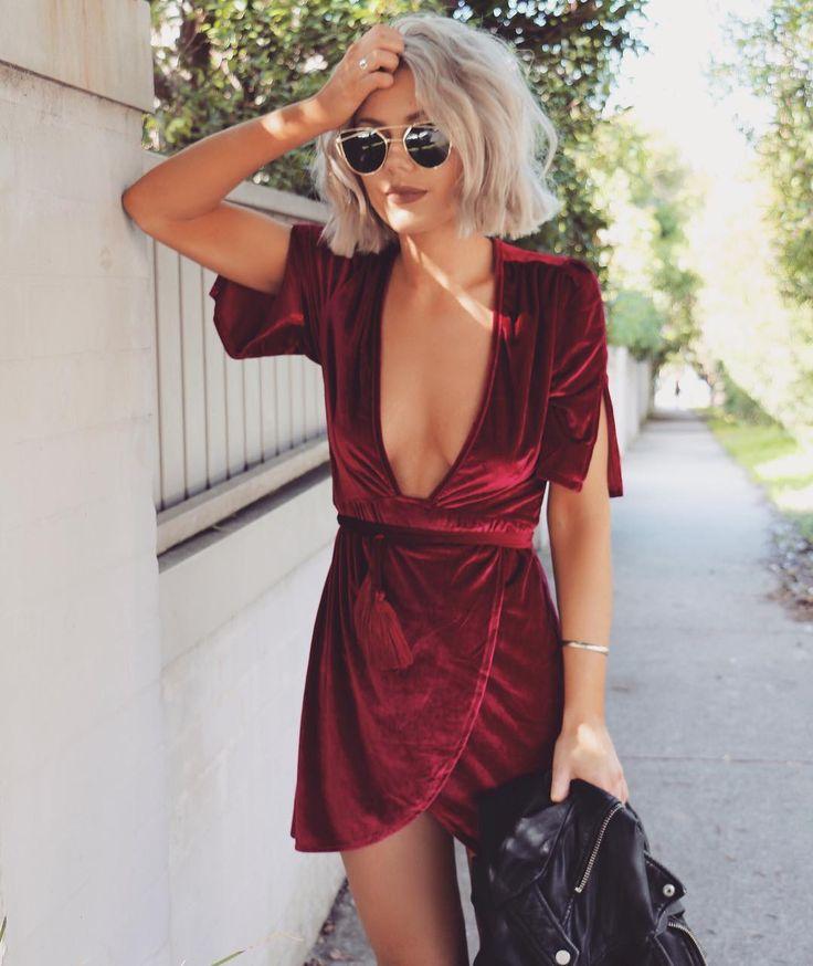 "2,161 mentions J'aime, 47 commentaires - Laura Jade Stone (@laurajadestone) sur Instagram: ""Red velvet  @lostbylust"""