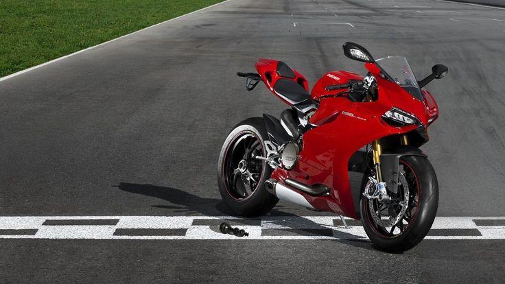 Ducati-899-Panigale-Bike-Widescreen-Wallpaper