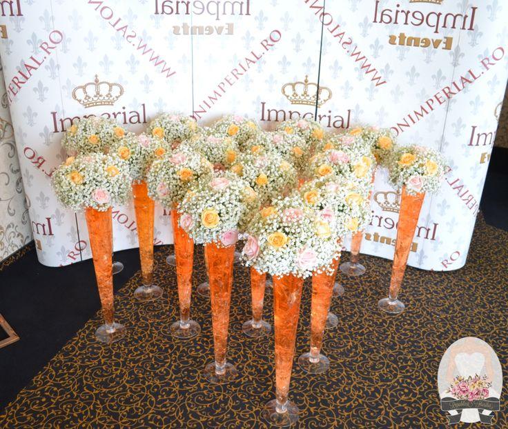 http://www.salonimperial.ro/ Aranjamente florale: Republica Florilor
