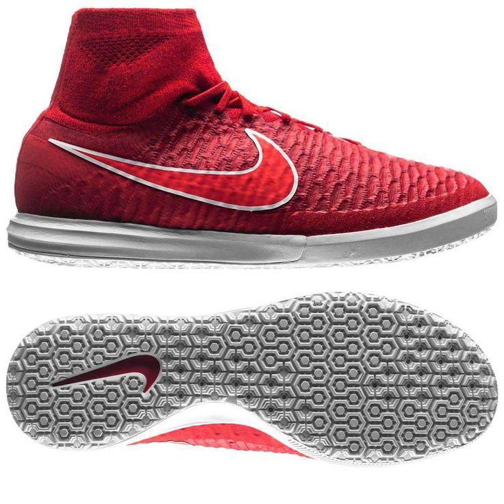 Nike MagistaX Proximo Street TF to buty piłkarskie stworzone do gry na sztucznej murawie, a zainspirowane zostały rewolucyjnymi Nike Magista Obra. Cholewka wykonana jest z włóczki Flyknit dzięki czemu komfortowo przylega do stopy dając wrażenie idealnego dopasowania. Ponadto materiał ten jest wyjątkowo cienki dlatego czucie piłki w przypadku Nike MagistaX jest tak dobre!   #BestGol #PiłkaNożna #PilkaNozna #Footbal #Futbol #Futsal #LigaMistrzów #Nike #NikeFootbal #Swoosh #Boots