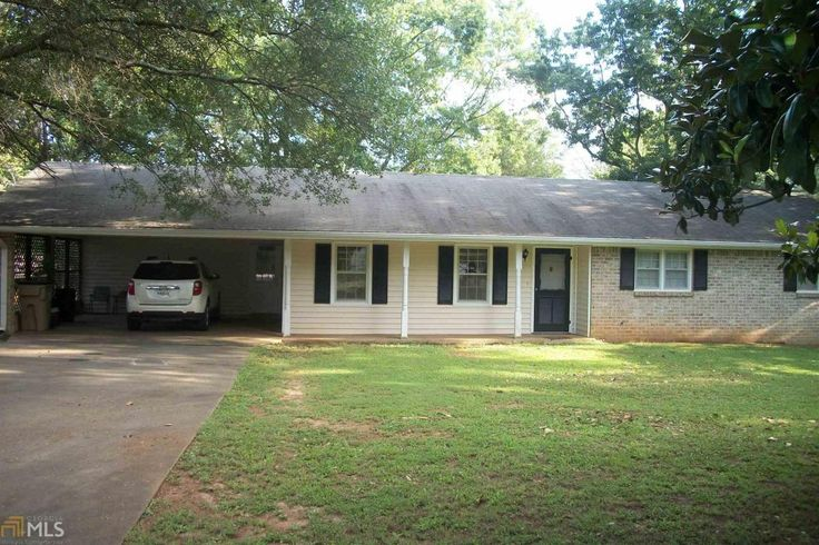 Woodland School District. Largest lot in the neighborhood (Lots 10-12). Completely fenced yard with solar paneled gate. Workshop with concrete floor. Garden spot. Large shade trees, pecan trees. Home features 3 bedrooms 2 baths, bonus room that could be used for office space. Updates bathrooms. Large laundry room. All of this in the perfect location.