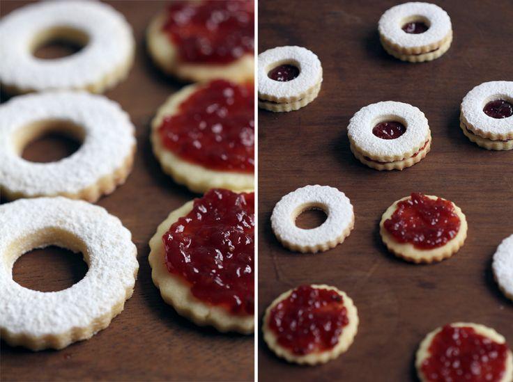 linzer like raspberry cookies