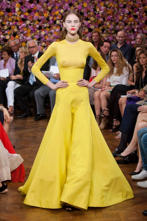 Christian Dior Fall 2012 Couture Runway - Christian Dior Haute Couture Collection - ELLE