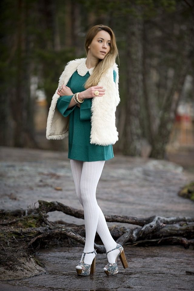 50 Fresh New Ways to Wear White Tights