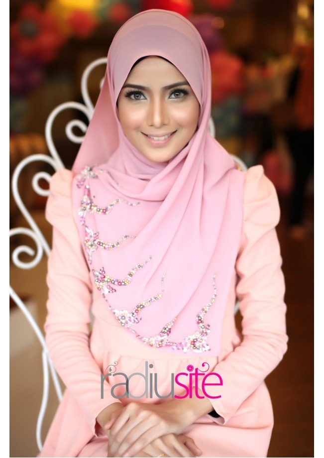 Beautiful hijab :)