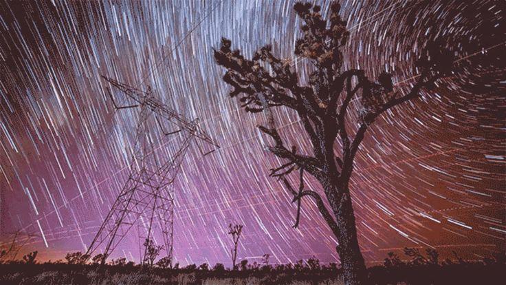 Meteor Explodes in Stunning Time Lapse Filmed over Mojave Desert