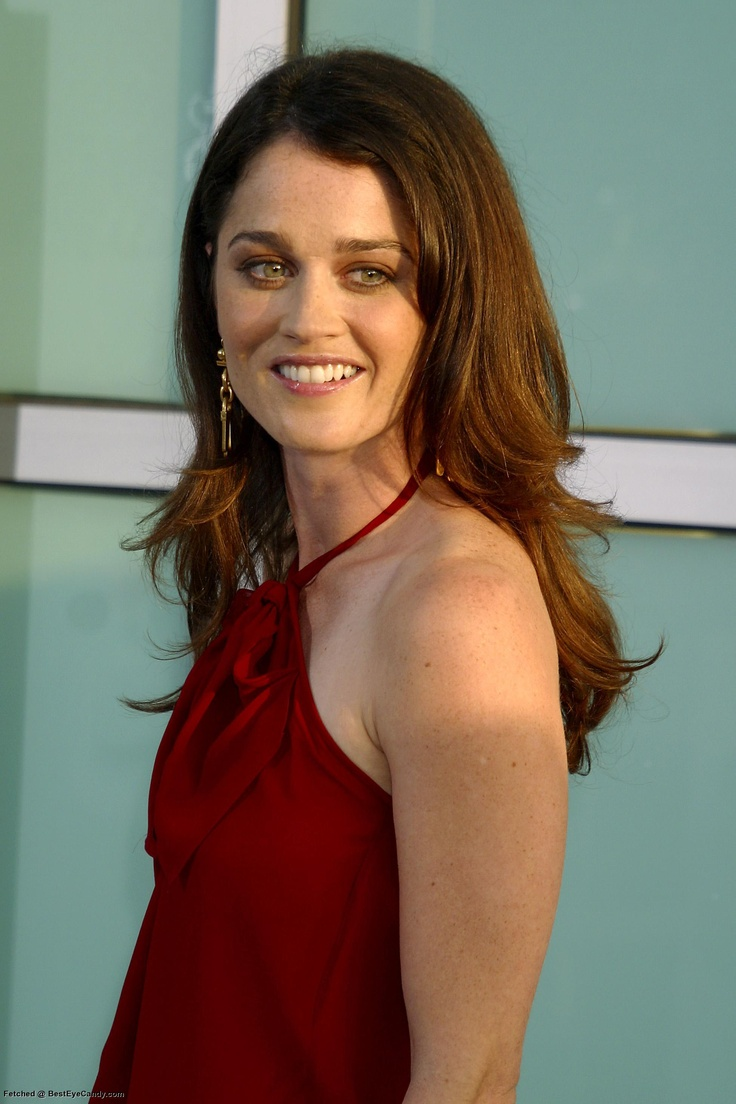 from Kamren robin tunney in bedroom