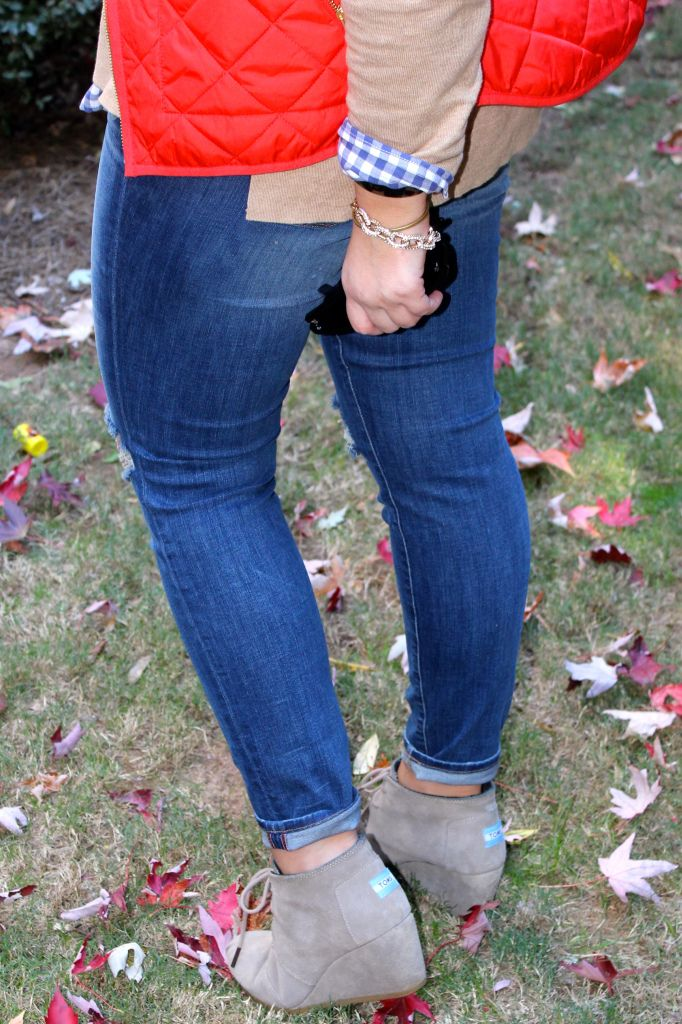 TOMS Desert Wedges | Pinspired Fall Outfit | Just Peachy Blog