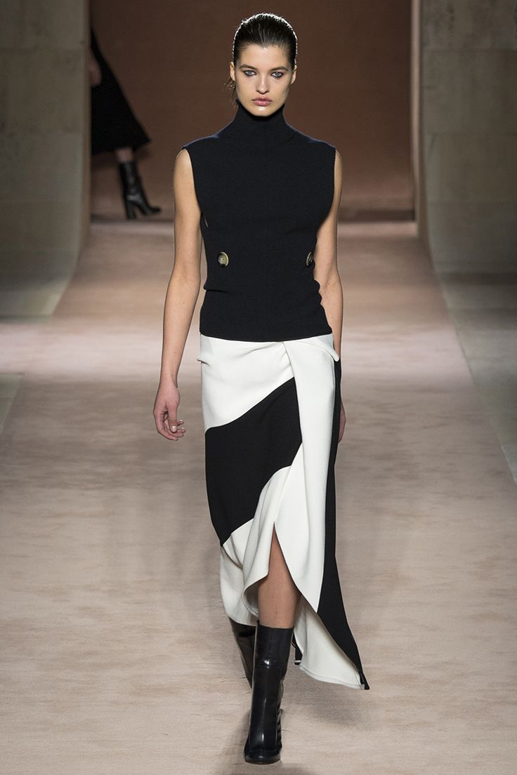 Victoria Beckham Fall 2015 RTW Runway – Vogue
