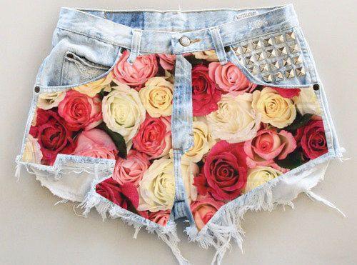 ANY COLOR Ripped Frayed Roses Studded Denim par UniversalShop, $35.00