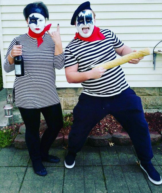 diy french kiss halloween costume idea