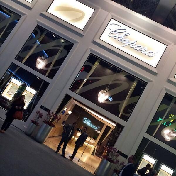 Welcome to the #Baselworld Chopard pavilion! 1800 sq.m of pure pleasure for your eyes.  Wouldn't you want to visit it? #Chopard