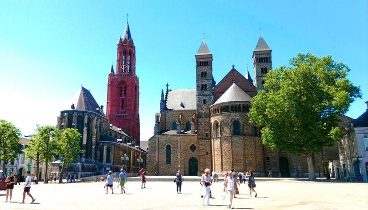 オランダ、マーストリヒトの有名な観光地から、あまり知られていないマイナーなスポットまで13ヶ所をご紹介します。