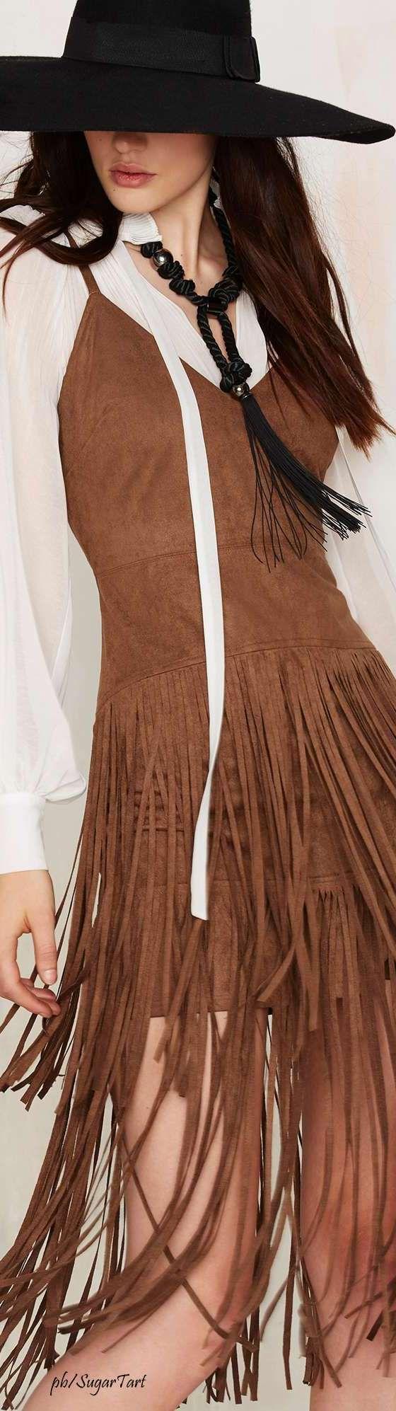 Fringed leather vest ≫∙∙☮ Bohème Babe ☮∙∙≪• ❤️ Babz ✿ιиѕριяαтισи❀ #abbigliamento #bohojewelry #boho