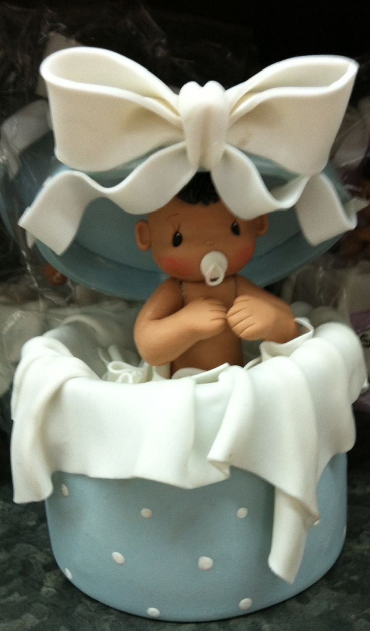 African American Baby Shower Cake Topper, Beautiful and Elegant Handmade Baby in a Surprise box Cake topper Excellent for Girls and Boys Baby showers theme events made of Cold Porcelain These Surprise