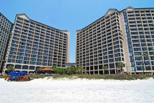 BEACH COVE RESORT   These North Myrtle Beach vacation rentals include a well equipped kitchen, inviting living room, private bedrooms and even an oceanfront balcony. There is Internet access in these North Myrtle Beach rentals, along with a washer/dryer unit. Sure the inside of these North Myrtle Beach condominiums are wonderfully furnished and decorated, but the grounds at this North Myrtle Beach resort are remarkable. 800-525-0225 for rates/reservations.