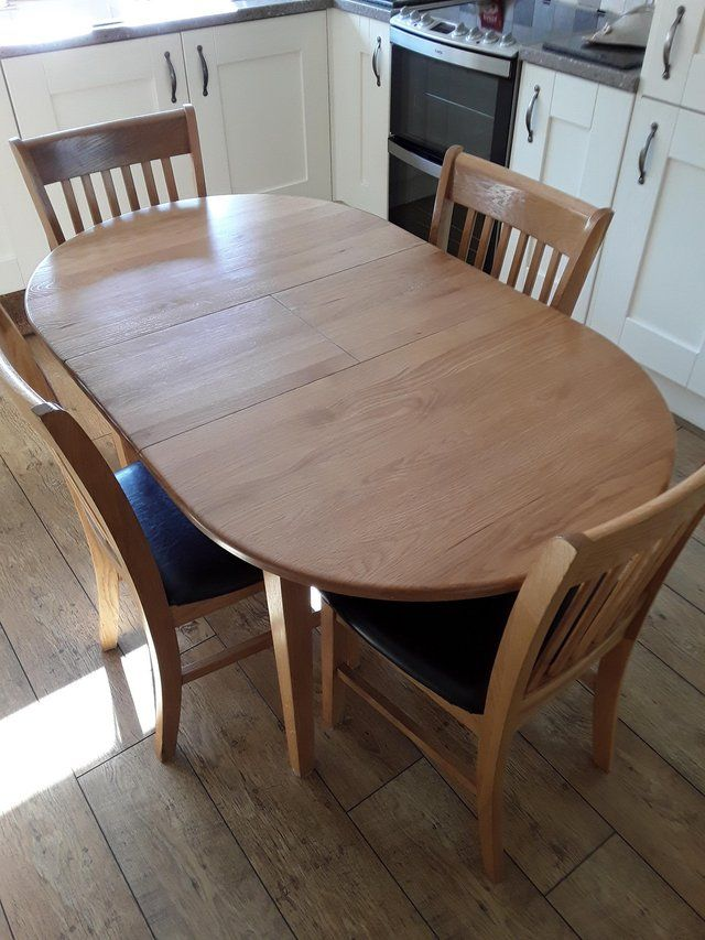 Oak Dining Table And Chairs In 2020 Oak Dining Table Dining