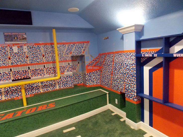12 best images about florida gators room on pinterest for Gator bedroom ideas