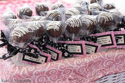 baby shower flavors - cake pops: Party Favors, Weddings Favors, Favors Idea, Baby Showers Favors, Showers Idea, Cakes Pop Favors, Baby Showers Cakes, Weddings Cakes Pop, Red Velvet Cakes