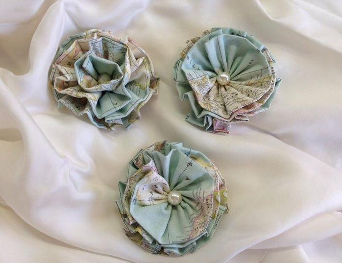 Mooie bloemen gemaakt van stof voor vele doeleinden te gebruiken. Leuk met je eigen design!