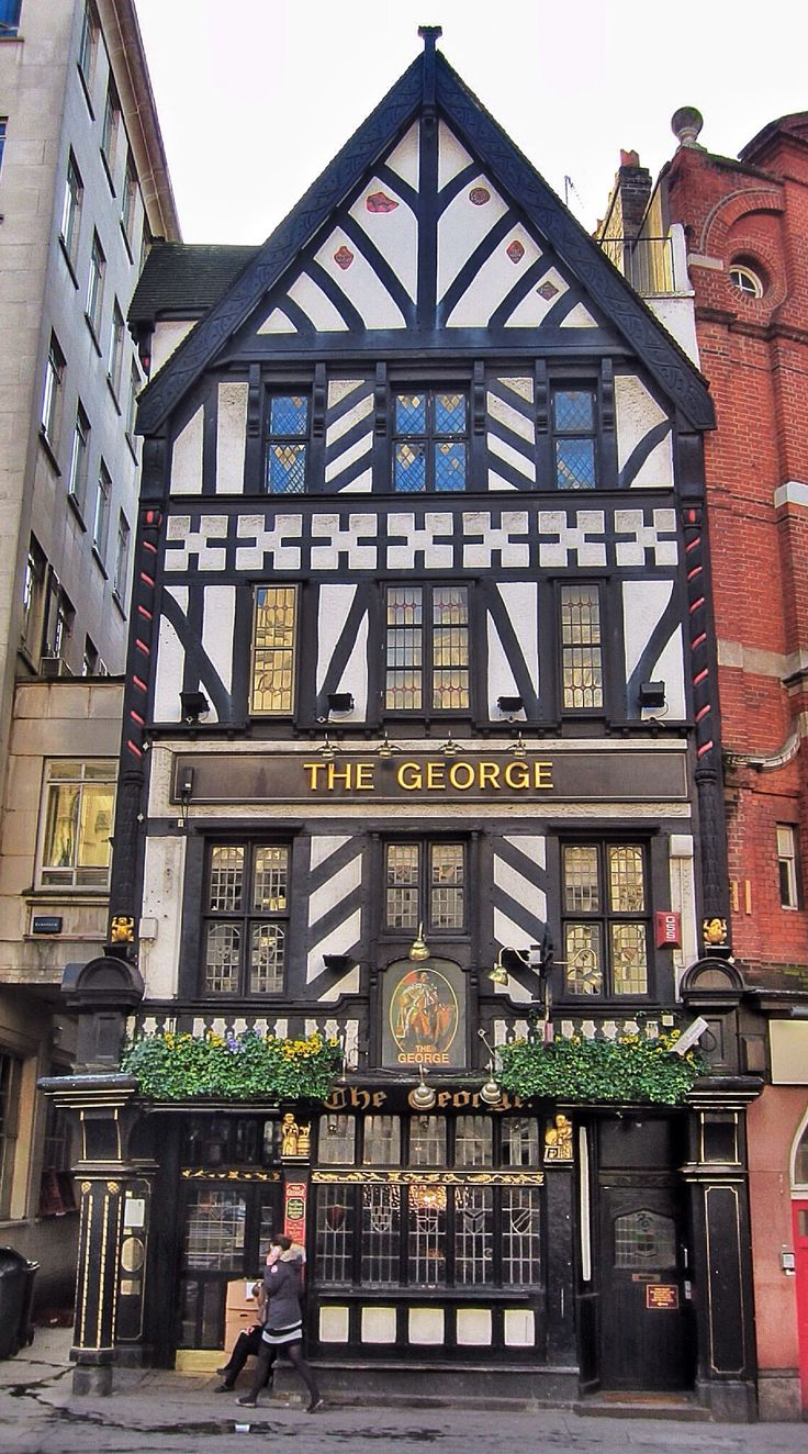 London Pubs: Living In England, London Pubs
