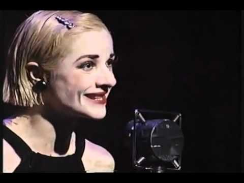 Cabaret. .- Jane Horrocks || An amazing rendition - in which Sally thinks she has more talent than she has