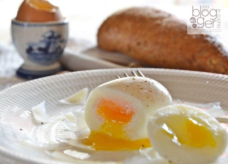 Uovo barzotto, alla coque, sodo e poché: alcuni segreti per ottenere delle uova perfette, a partire dai tempi di cottura e tecniche utili per non sbagliare.