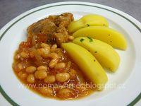Pomalý hrnec : Krkovice na cibuli a fazolích v pomalém hrnci