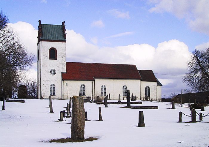 Stoby kyrka vintertid, Stoby finns ej med däremot McDonalds i Stoby!